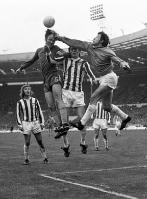 In 1972 Banks won the League Cup for the second time in his career as Stoke City beat Chelsea 2-1