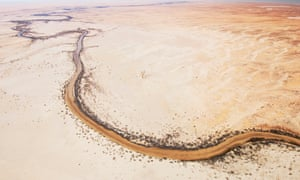 New report says target of recovering 2,750gl for Murray-Darling not based in science but a bid 'to help resolve political impasse with the South Australian government'