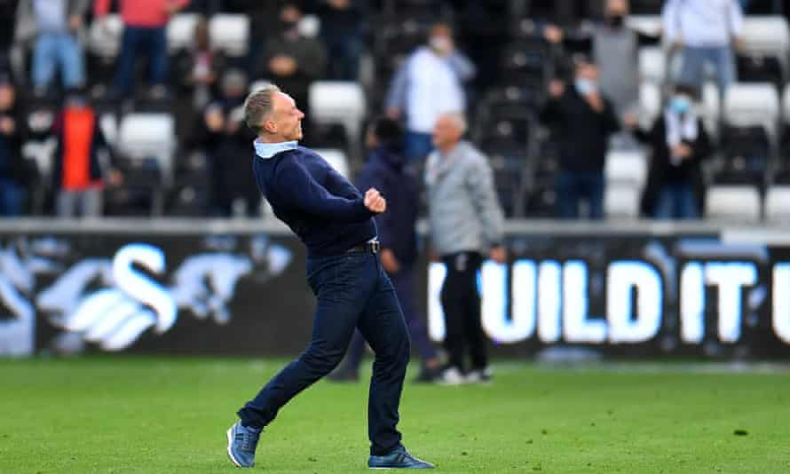 Steve Cooper celebrates at the end of the game.