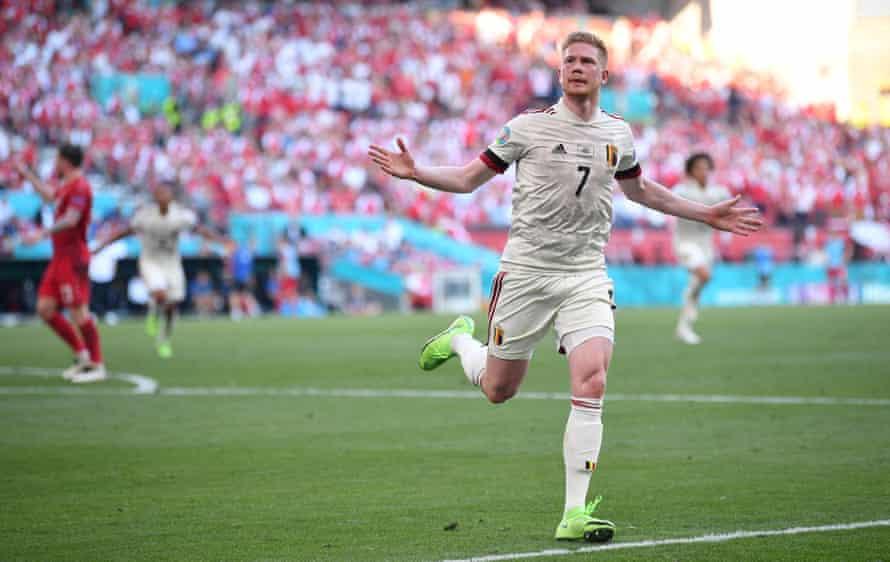 Kevin De Bruyne celebrates after scoring against Denmark.