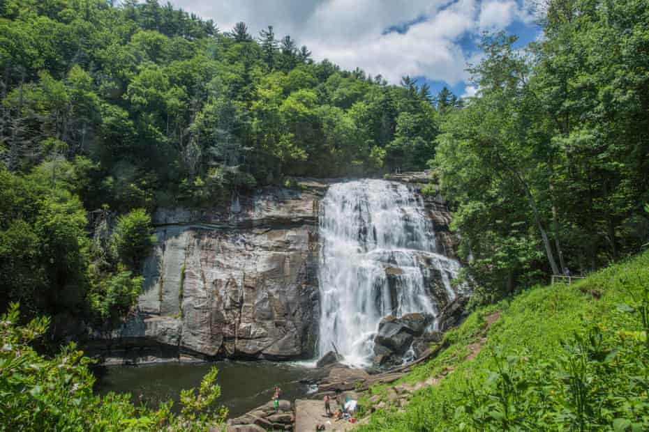 A waterfall in Gorges state park