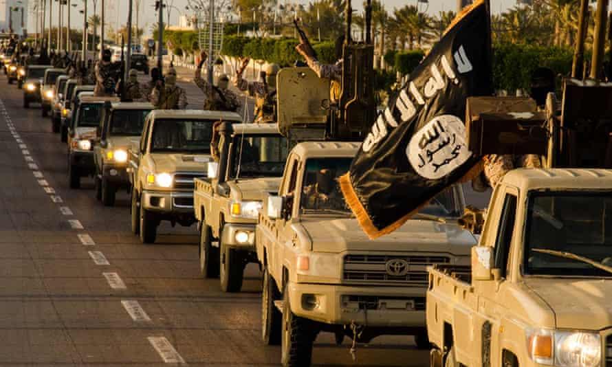 Isis fighters parade through Sirte, Libya