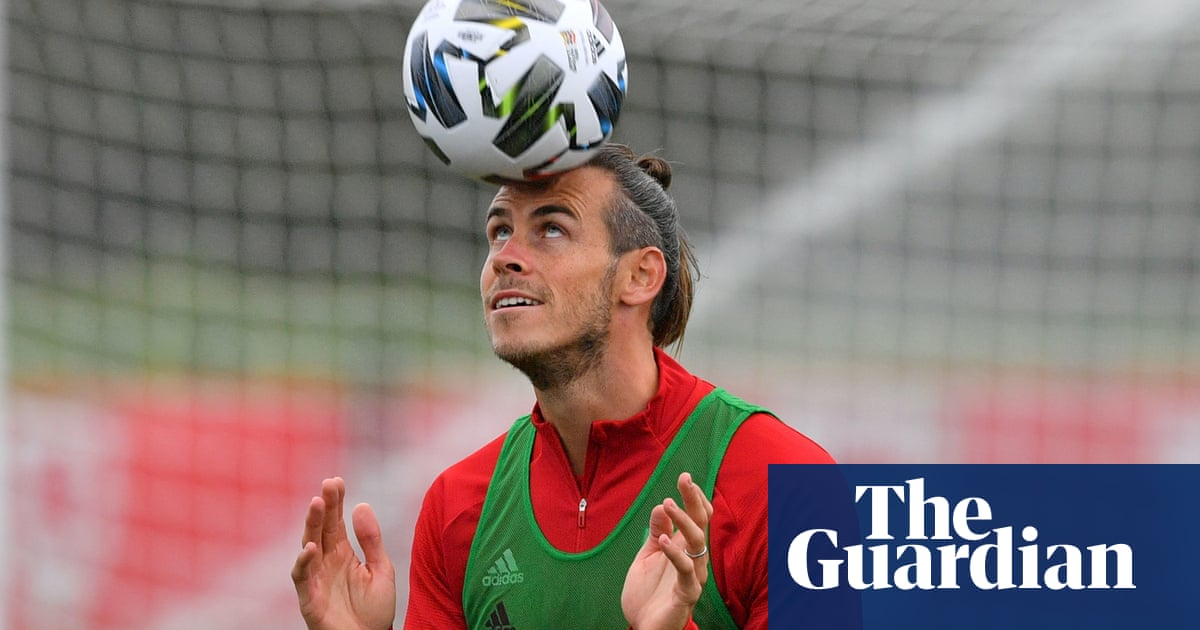 Gareth Bales Spurs return and the end for Macclesfield – Football Weekly Extra