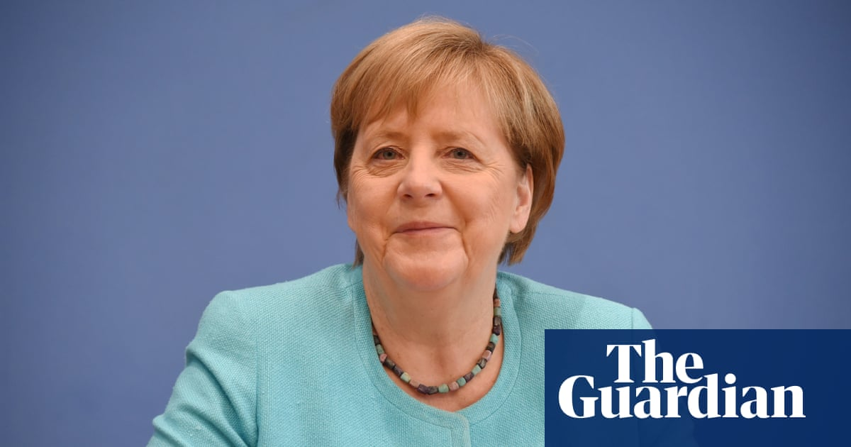 Merkel's political and scientific sides slug it out in swan song presser