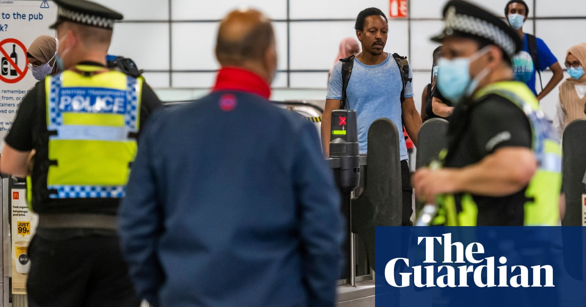 Inability to enforce face masks leaves London mayor frustrated
