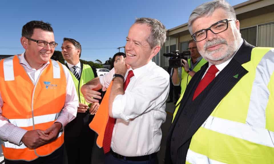 Victorian premier Daniel Andrews, Labor leader Bill Shorten and Kim Carr in 2016