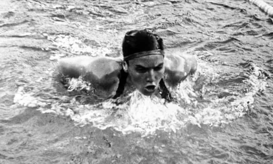 Eva Szekely during the 200 metres breaststroke final in the Helsinki Games of 1952. She won the gold medal in an Olympic record time.