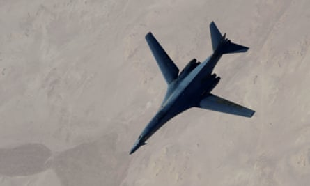 A US Air Force B-1B Lancer refuels after airstrikes in Syria in 2014.