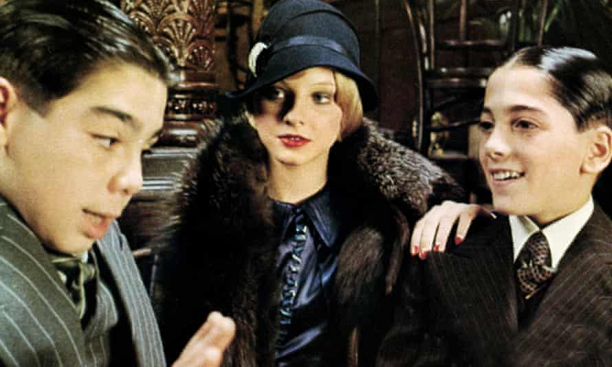 John Cassisi, Jodie Foster and Scott Baio in Bugsy Malone.