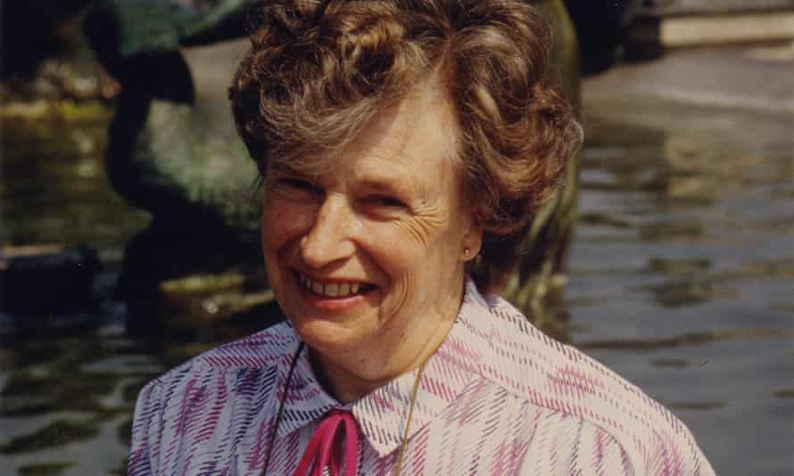 Dr Mercy Heatley came to prominence when she withheld part of her income tax in protest at the Iraq war in 2002