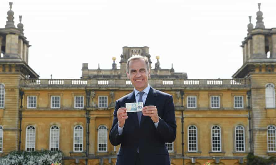 Mark Carney, governor of the Bank of England, unveiling the new banknote at Blenheim Palace in June.