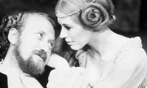 Nicol Williamson with Marianne Faithfull in Hamlet, 1969.