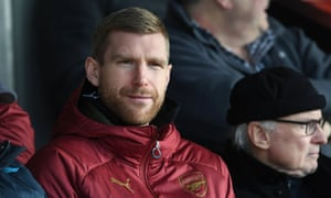 Per Mertesacker, the Arsenal academy manager, says the club must rebuild the connection with their fans.