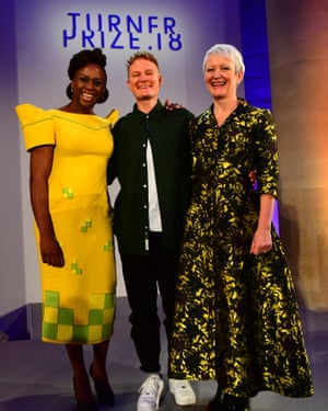 Prodger with Chimamanda Ngozi Adichie and Tate director Maria Balshaw at the ceremony.