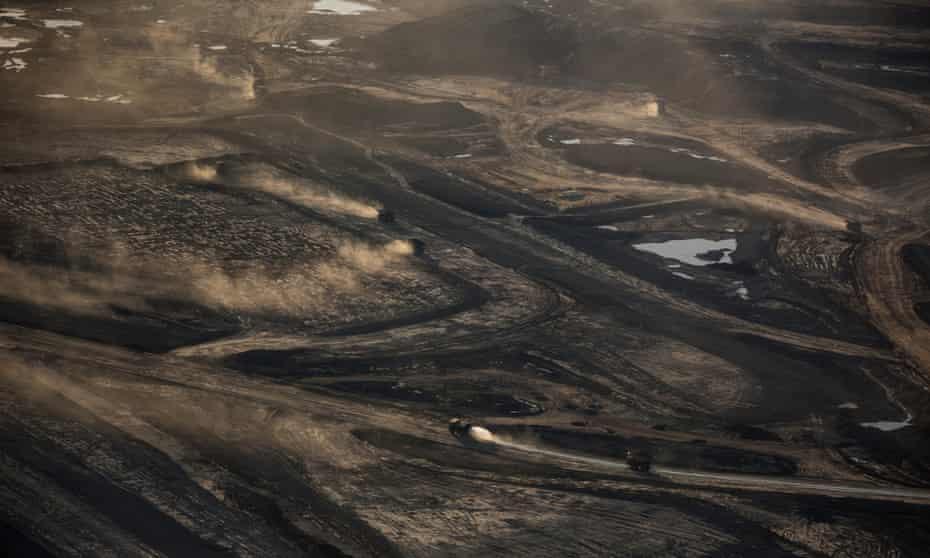 The Suncore Oil Sands field near tin Northern Alberta.
