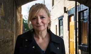 Tracy Brabin, a writer and former actor, will help lead a Labour inquiry into fairer access in the performing arts.