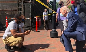 Joe Biden, the presumptive Democratic presidential nominee, visits a site of the protest over the death of George Floyd, in Wilmington, Delaware, at the weekend.