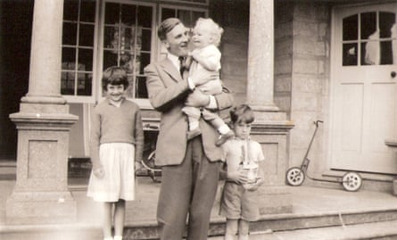 Inhibition … Michael Gale with his children on the Isle of Wight, c.1959.
