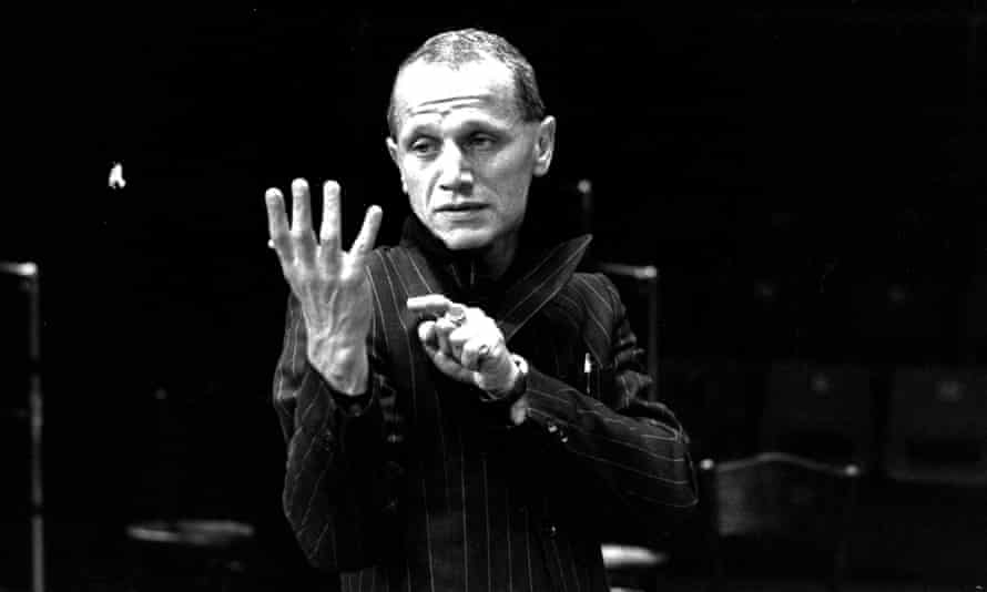 Berkoff as Hamlet at the Roundhouse, London, in 1980.