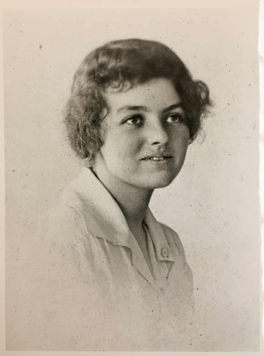 Jean Curlewis, who worked as a volunteer nurse during the Spanish flu outbreak.