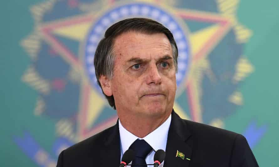 Leading newspapers, the Brazilian Investigative Journalism Association and the Brazilian Bar Association, criticised Jair Bolsonaro for sharing 'false information'.