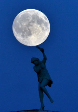 The blue moon rises in UK
