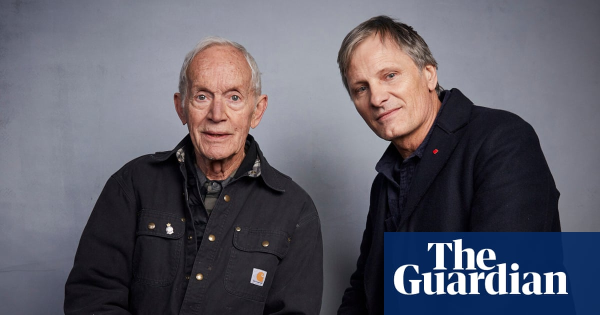 Viggo Mortensen on Falling star Lance Henriksen: 'He's like a wolf who might gobble you up'