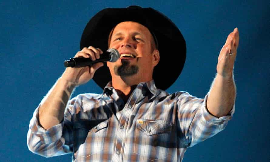 Garth Brooks performs at the 48th ACM Awards in Las Vegas in 2013.