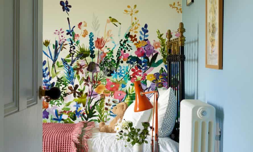 Flower stencils in the bedroom.