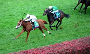 Javier Castellano leads Bulletin to victory ahead of Chelsea Cloisters.