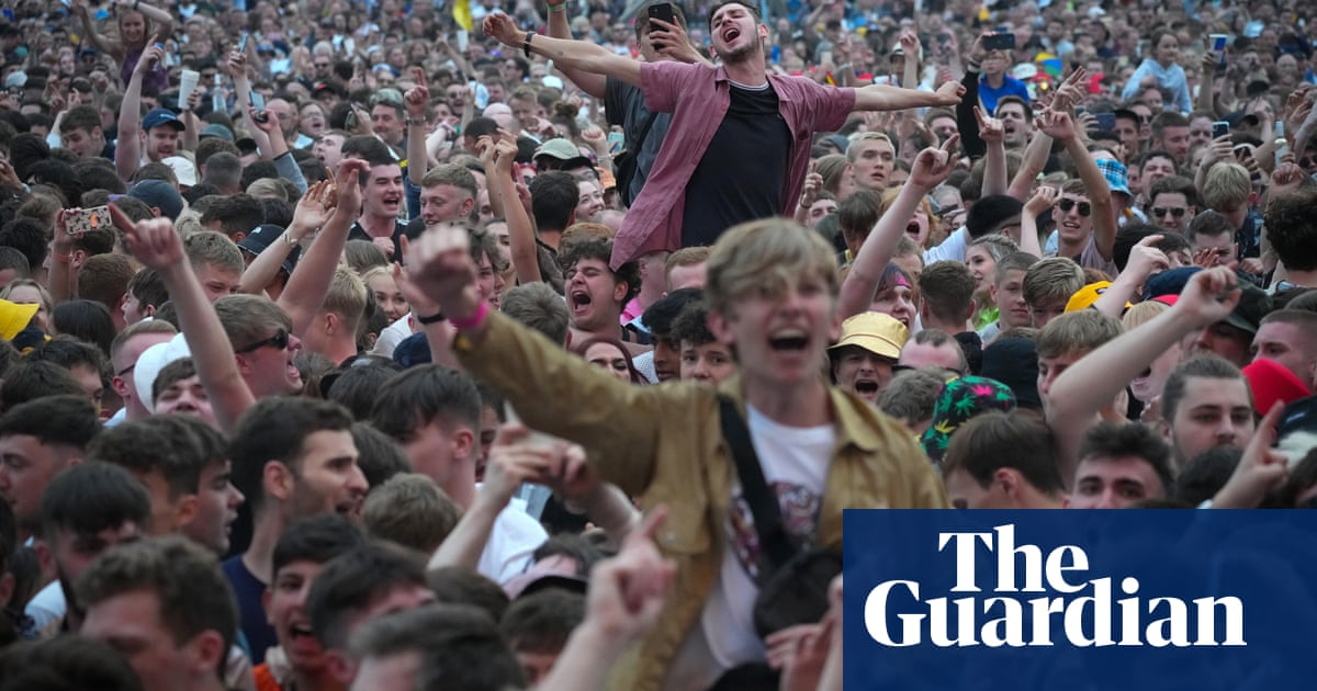 UK music festivals at risk of cancellation due to 'pingdemic' staff shortages