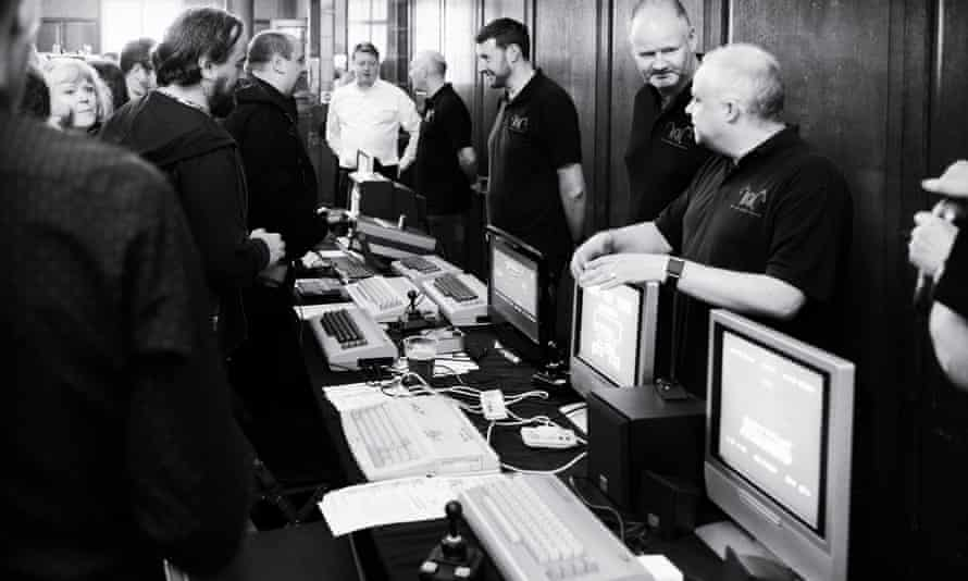 Members of the Commodore 64 development, composition and fan communities mingle at the concert