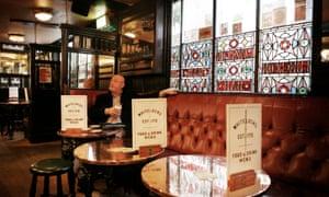 Whitelock's Pub, Leeds