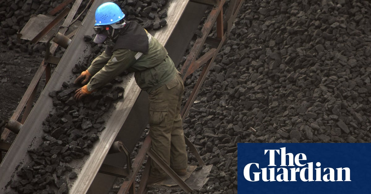 China orders coalmines to raise production to address power crunch