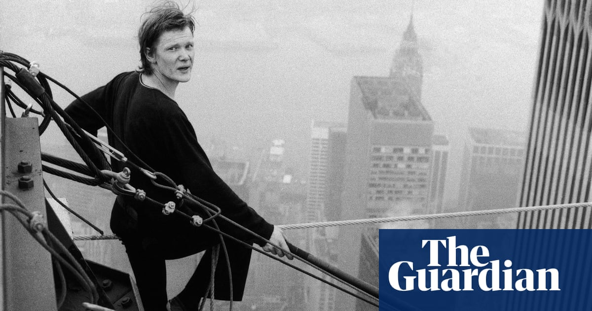 Philippe Petit's real-life walk between the twin towers – in