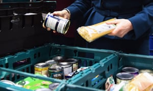 Universal credit claimants are having to turn to food banks.
