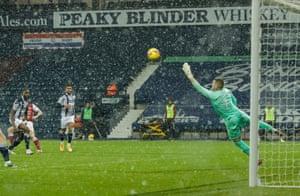 Kieran Tierney of Arsenal scores a wonder goal.