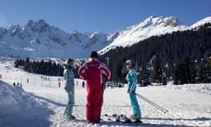 Ski instructor and students at Courcheval