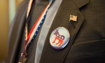 One study suggested that the site shows a slight pro-Democratic party bias.