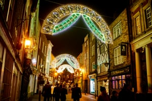 Saddler Street illuminated by Dome and Arches, created by the Italian architectural lighting company Luminarie De Cagna