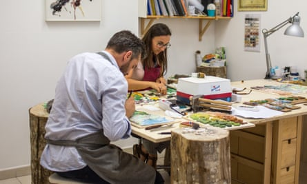 Mosaic master Romuald leads workshops in his Castello studio Artefact – an example of one of the traditional businesses highlighted by Venezia Autentica.