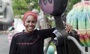 Nadiya Hussain and a robot in Thailand