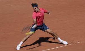 Federer goes 2 sets to nil up.
