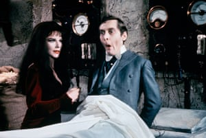 Fenella Fielding as Valeria, a vampire, and Kenneth Williams in Carry on Screaming, 1966.
