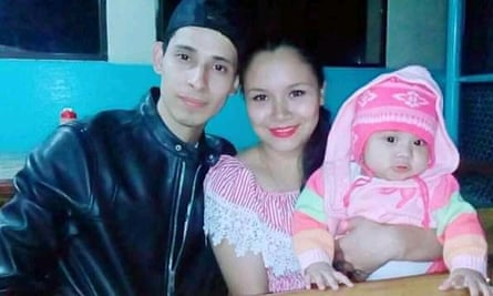 Óscar Alberto Martínez Ramírez left San Salvador with his wife Tania Vanessa Ávalos and 23-month-old daughter Angie Valeria for a better future in the US.