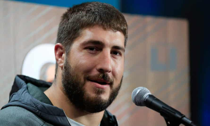 Alex Mack has played a vital role for the Falcons since arriving from the Cleveland Browns