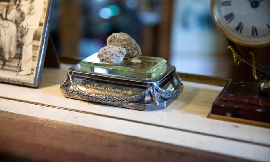 The paperweight made of rock from Cecil Rhodes grave