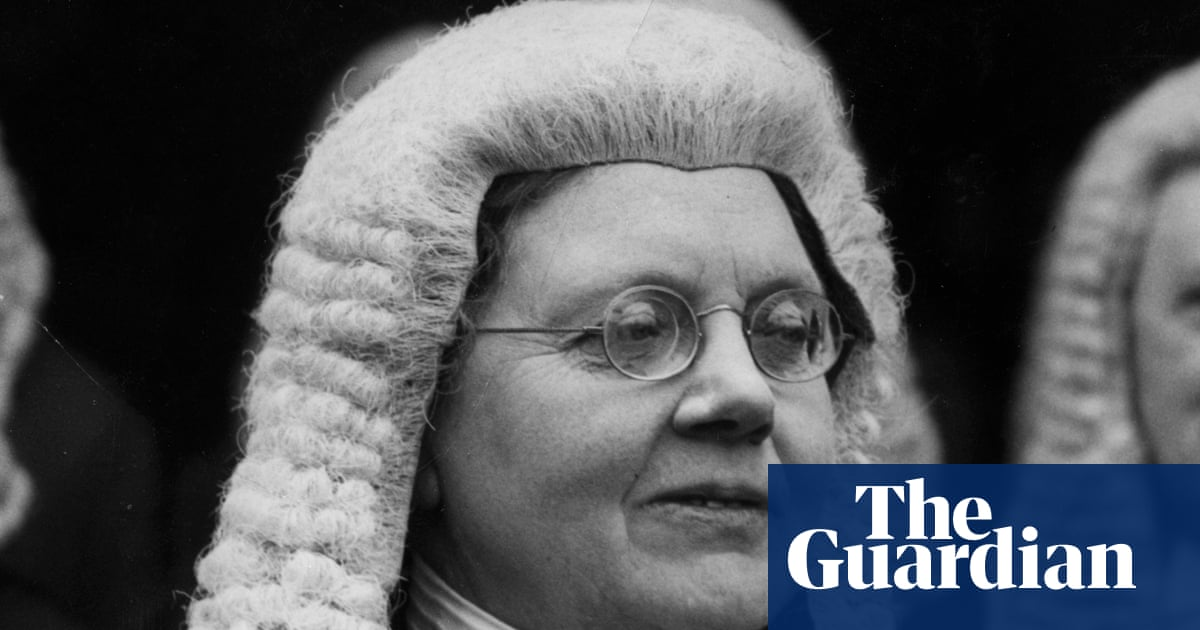 Blue plaque for first practising female barrister Helena Normanton unveiled