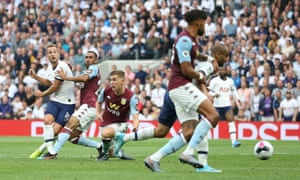 Harry Kane of Tottenham Hotspur scores his sides third goal.