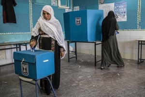 A Negev Bedouin woman votes in the Israeli general election
